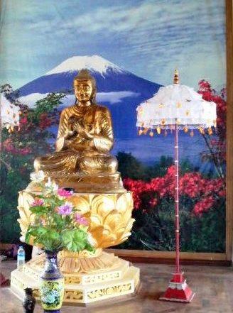4 シーマ2階にある仏像